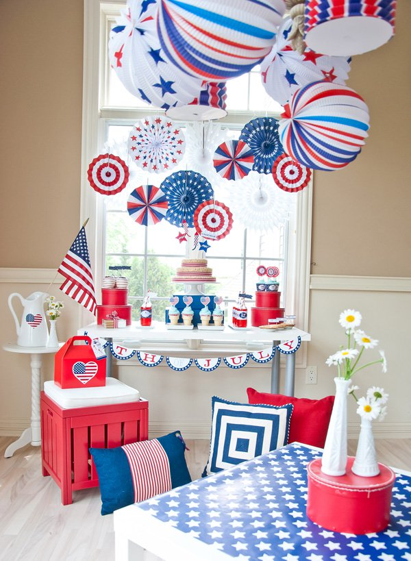 Adorable 4th of July Party!- See 10 of our favorite 4th of July Parties on B. Lovely Events!