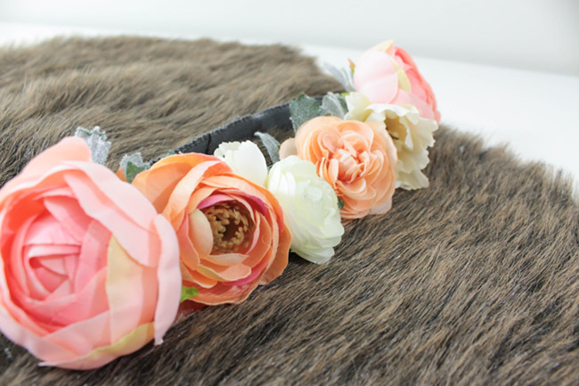 DIY BOHO Headbands- Learn how to make this floral crown on B. Lovely Events!