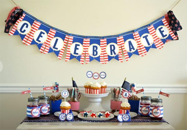 Love this darling 4th of july party - See 10 of our favorite 4th of July Parties on B. Lovely Events!