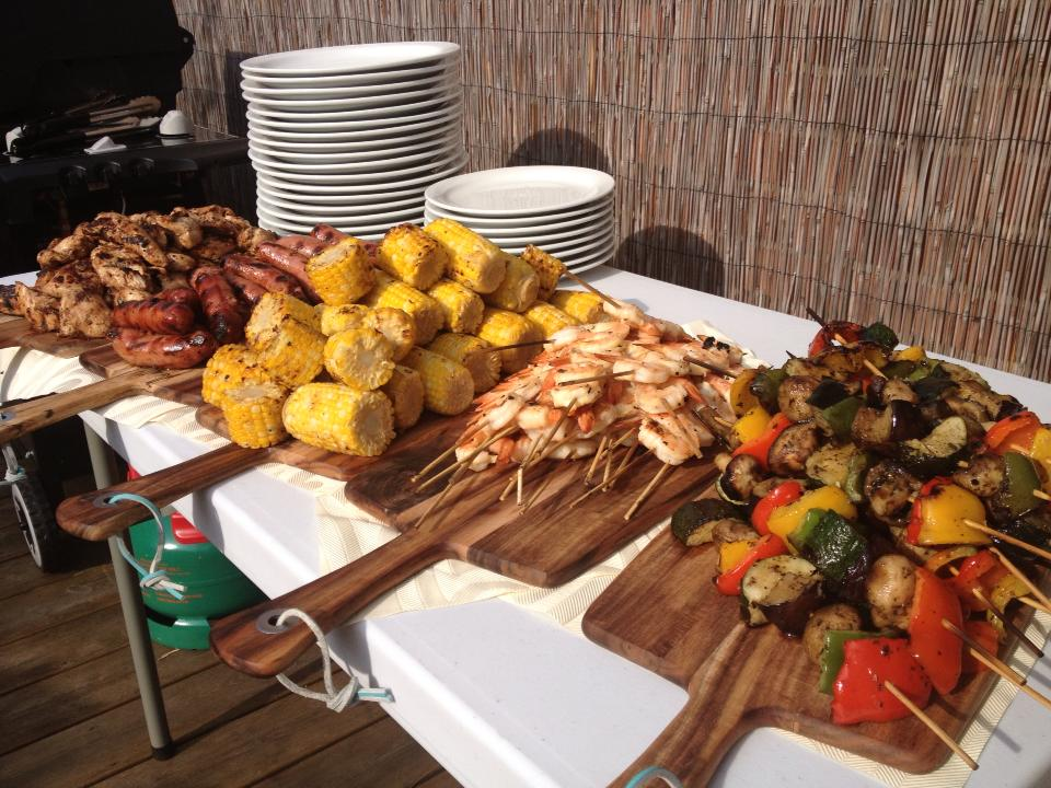 Wedding BBQ BUffet- SO Cute and great idea!