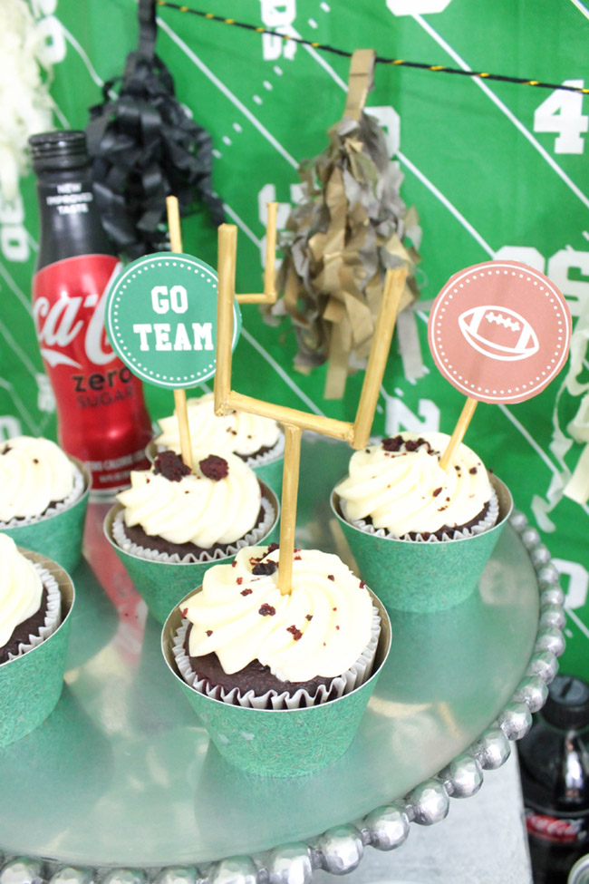 Love this field goal cupcake topper!-See more Football party details at B. Lovely Events