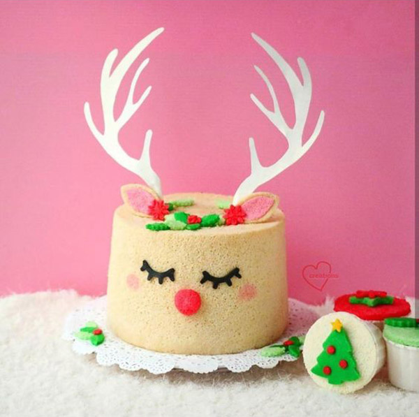 I just love this reindeer cake- See more of our new obsession on B. Lovely Events!