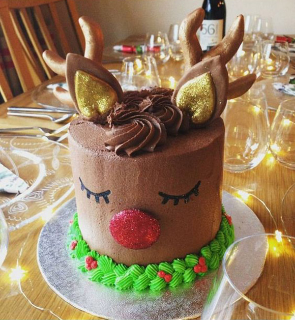 eek! This reindeer cake has my heart- See more of our new obsession on B. Lovely Events!