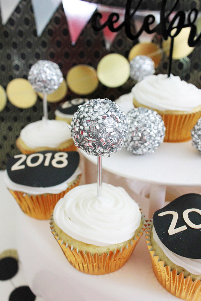 New Year's Eve Cupcakes- B. Lovely Events