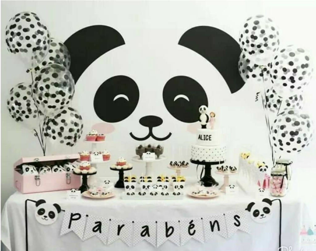 This panda party is so lovely! -See more Panda Party ideas on B. Lovely Events