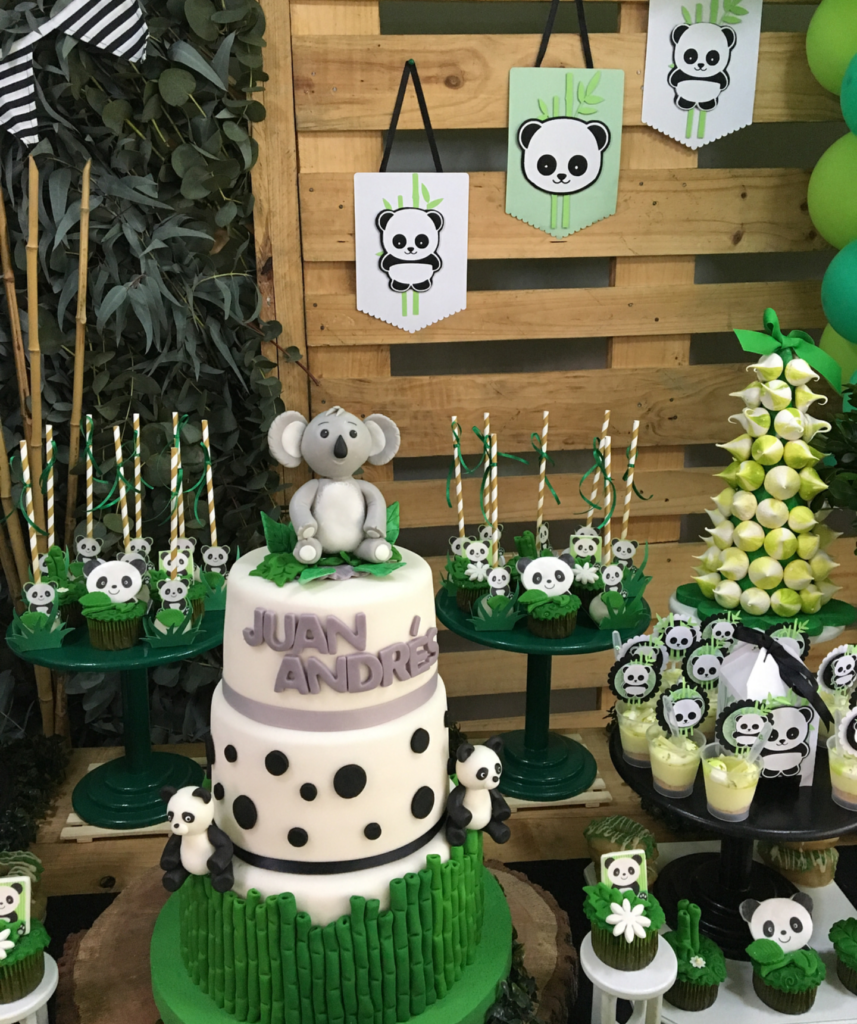 love the bamboo in this panda party -See more Panda Party ideas on B. Lovely Events