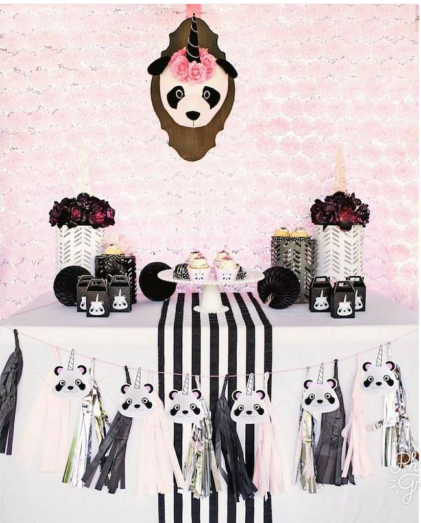 panda parties! -See more Panda Party ideas on B. Lovely Events