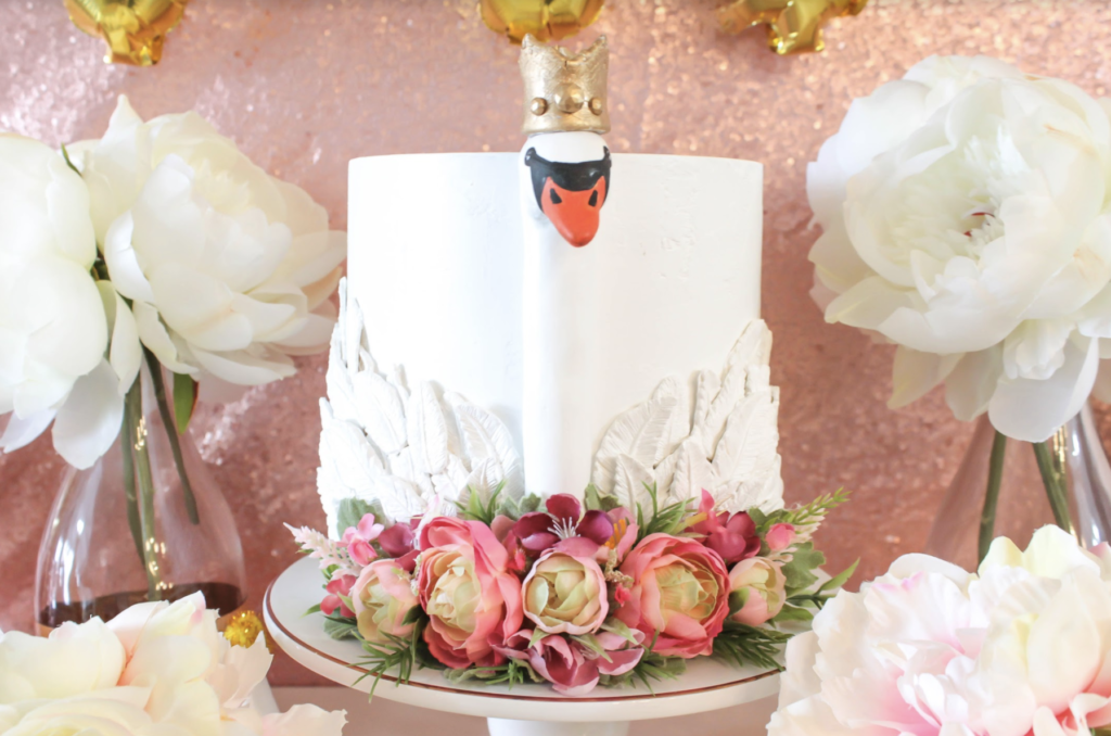 Swans with crowns birthday party- B. Lovely Events