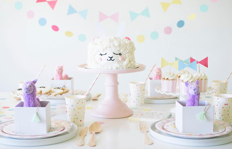 The most fun llama party cake and set up- See more llama party love on B. Lovely Events