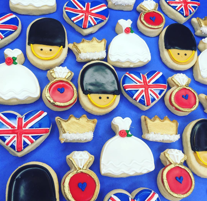 Love these royal wedding cookies! - See More Royal Wedding Lovlieness at B. Lovely Events #royalwedding #partyplanning #partythemes