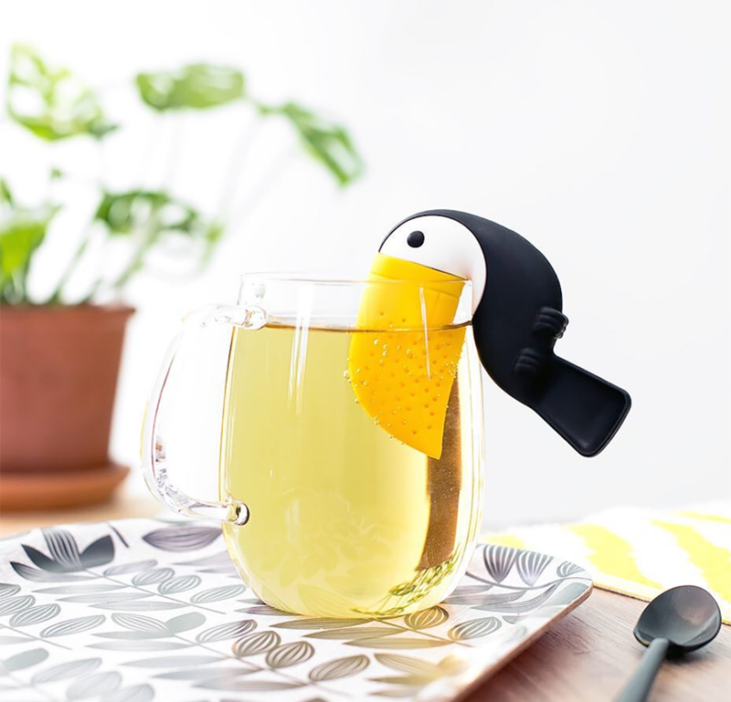 OMG this toucan tea infusers is EVERYTHING! - See More Toucan Party Ideas at B. Lovely Events