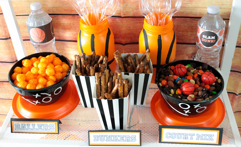 Love these basketball party treats! #kidsparty #kidsbirthday