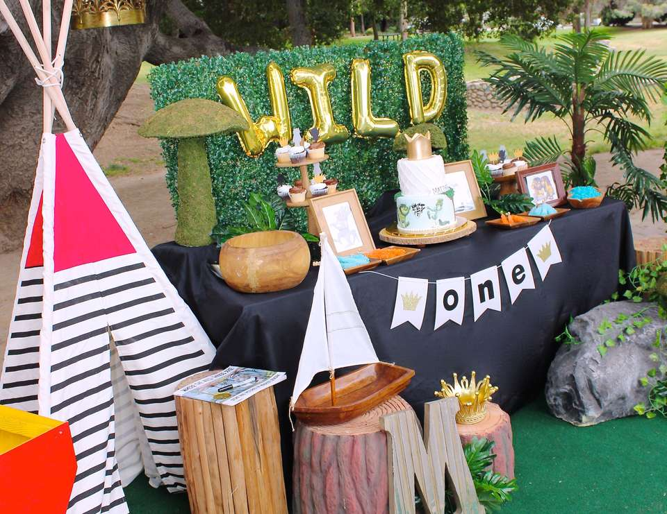 Where the Wilds THings Are Wild One Party!- See More Wild One Party Ideas and Inspirations On B. Lovely Events! #birthday #birthdayparty #kidsparty #1stbirthday
