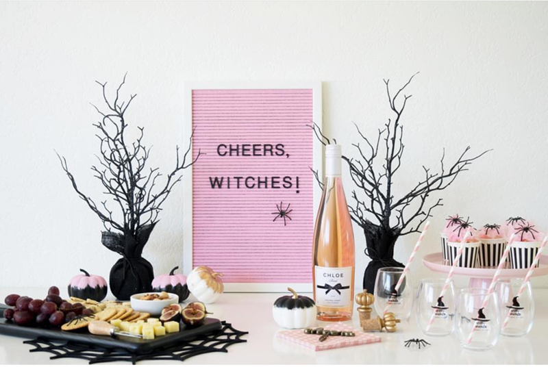 Cute twinkle twinkle little party Pink Halloween- See more Pink Halloween Pretty on B. Lovely Events #halloween #pink #partyideas