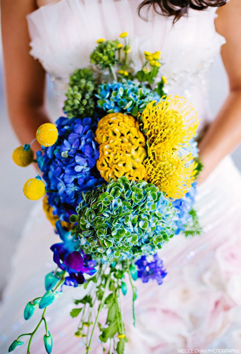Bold and vibrant hydrangea wedding bouquet- See more wedding bouquet ideas on B. Lovely events