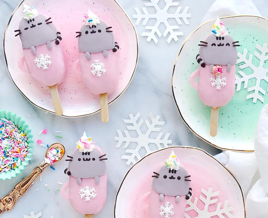 Pink mug kitties for Christmas for sure! - See more pink Christmas ideas on B. Lovely Events! #christmas #christmasparty #christmasideas #christmasdecor