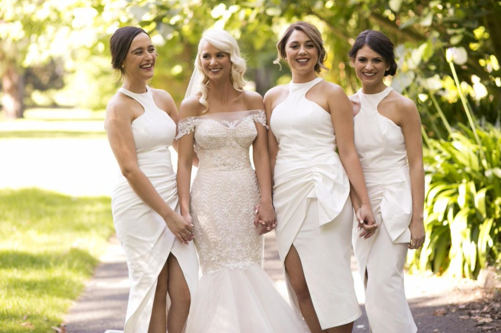 All white bridesmaid dress ideas - See all the beautiful details on B. Lovely Events! #wedding #realwedding #weddingideas #weddingtips #weddingdecorations