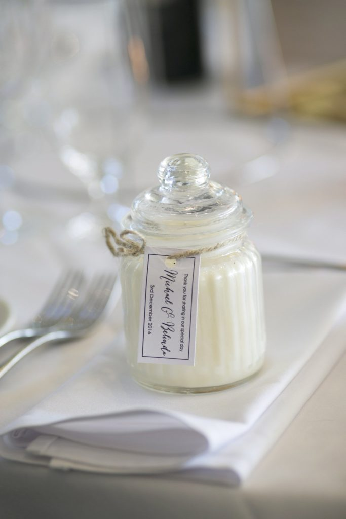Candle wedding favor ideas - See all the beautiful details on B. Lovely Events! #wedding #realwedding #weddingideas #weddingtips #weddingdecorations