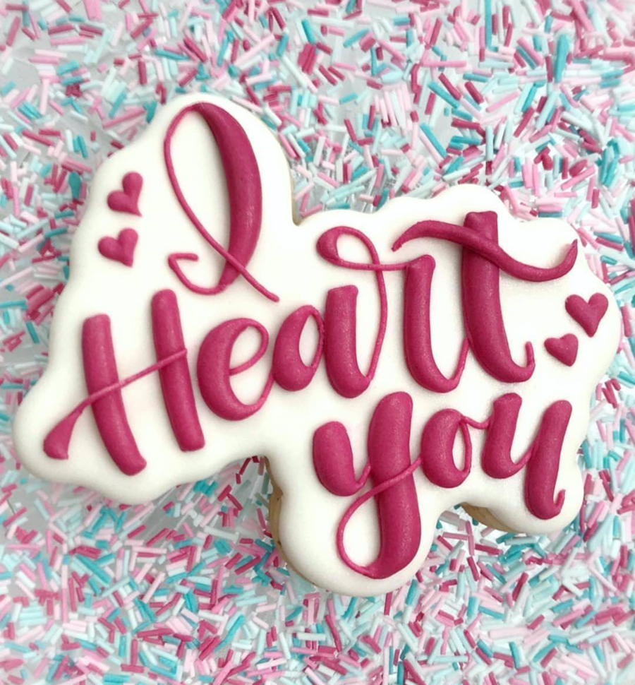 I heart you valentine's day cookies -See more of our favorite valentine's day cookies of 2019 on B. Lovely Events! #valentinesday #cookies #decoratedcookies