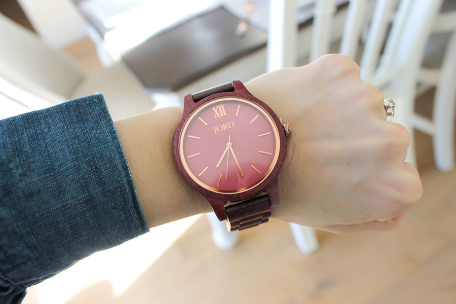 Luxury Wood Watch from JORD Frankie style - See why it is our new favorite watch and enter to win $100 towards any JORD watch of your choice! #watch #giveaway