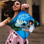 how lovely is this decorated graduation cap!- See more graduation caps on B. Lovely Events! #graduation #graduationcap