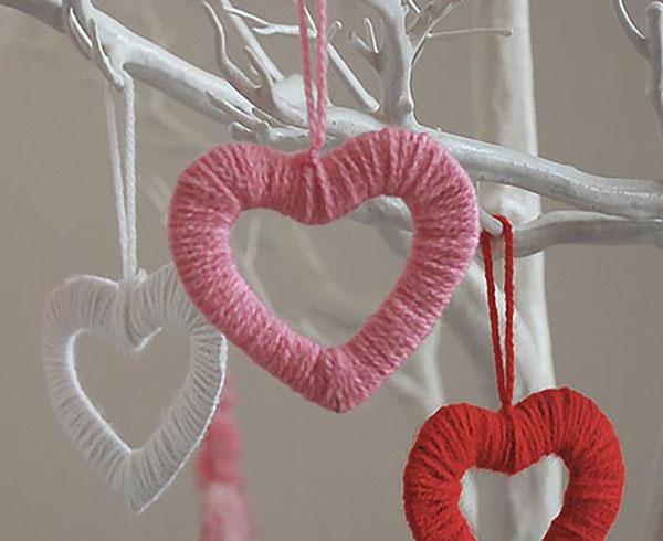 Hanging yarn heart decorations