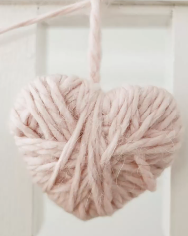 Cozy yarn heart to give