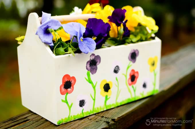 DIY Mother's Day Gifts- Handmade flower planter