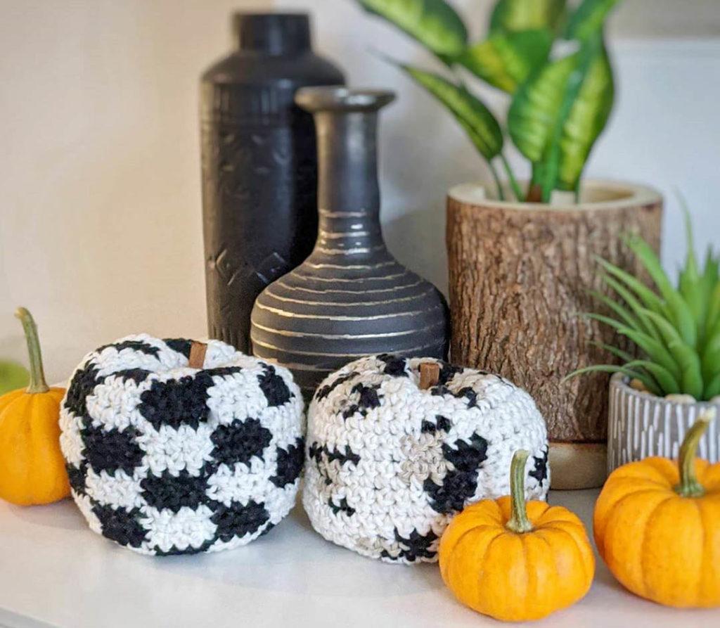 crochet Leopard print pumpkins